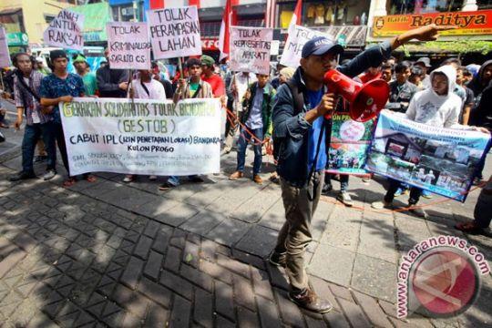 Presiden diminta perhatikan sengketa Bandara Kulon Progo