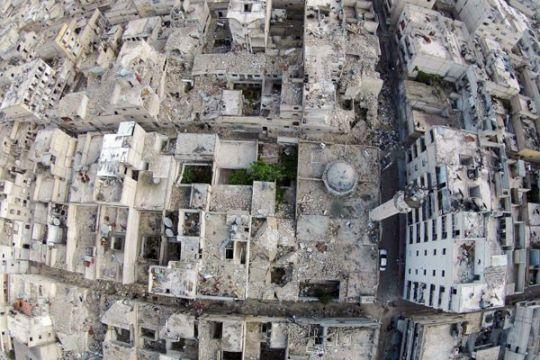 Ribuan orang terjebak di Aleppo karena perundingan evakuasi mandek