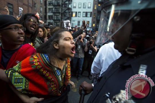 Ratusan Mahasiswa AS peringati peristiwa Charlottesville