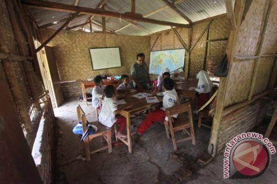 Gaji guru honorer di Sumba cuma Rp300.000 sebulan