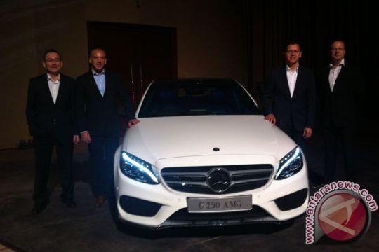 Mercedes-Benz perkenalkan generasi keempat C-Class
