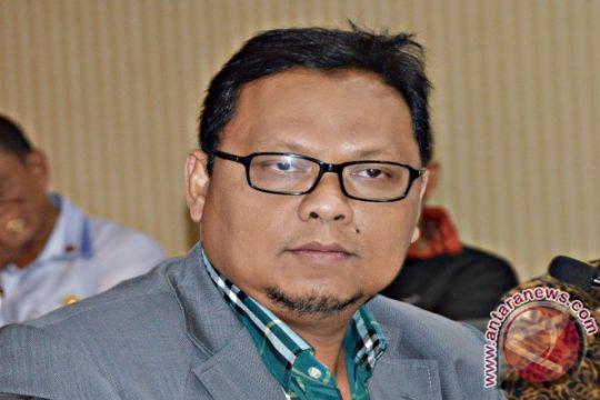 Anggota DPR: waspadai fanatisme masyarakat