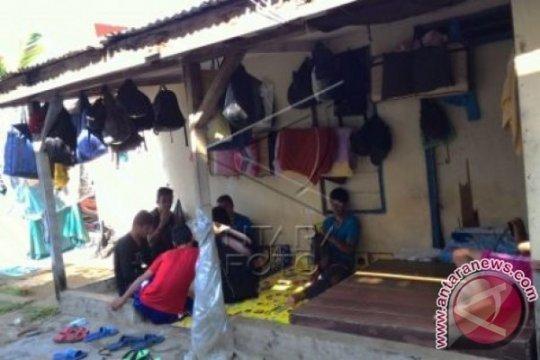 Polisi minta petugas IOM ditempatkan di penampungan imigran
