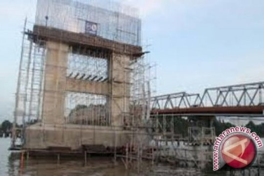 Kemarin, penutupan jembatan Mahkota II hingga harga emas turun
