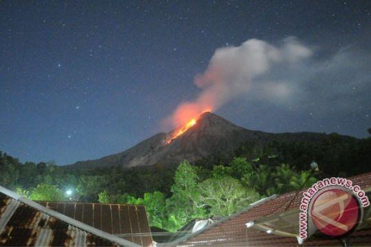 Wisatawan diharapkan waspadai guguran lava Gunung Karangetang