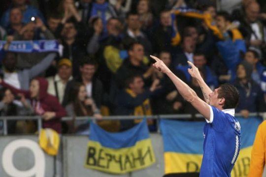 Kasemen grup H Liga Europa, Shakhtar Donetsk unggul