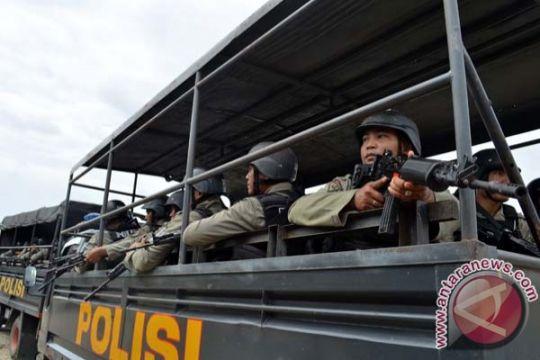 Polisi selidiki penyebab truk Brimob terbalik di Kenyam