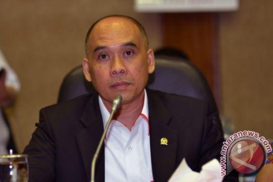 DPR : pemerintah buat regulasi pajak bisnis online