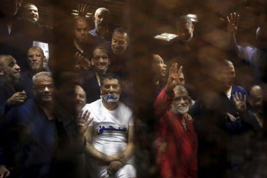 Pengadilan militer Mesir penjarakan 141 pendukung Ikhwanul Muslimin