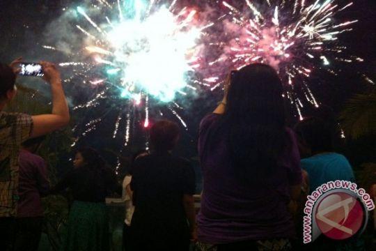 Pembukaan Festival Jakarta Great Sale ditandai pesta kembang api