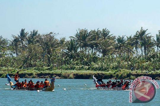 """25 tim ramaikan """"Pertamina Dragon Boat Festival"""" di Cilacap"""