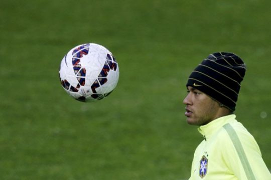 Neymar beri Messi tumpangan di pesawat pribadinya