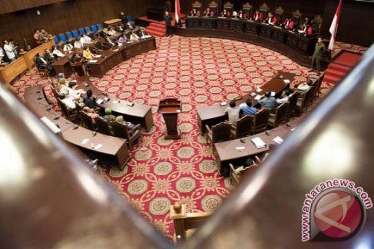 Keluarga korban Mei 98 gugat UU Pengadilan HAM