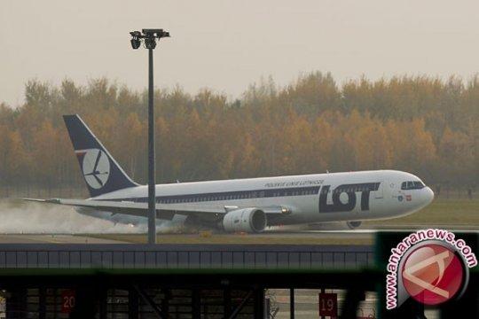 Maskapai Polandia LOT tidak akan terbang di wilayah udara Belarus