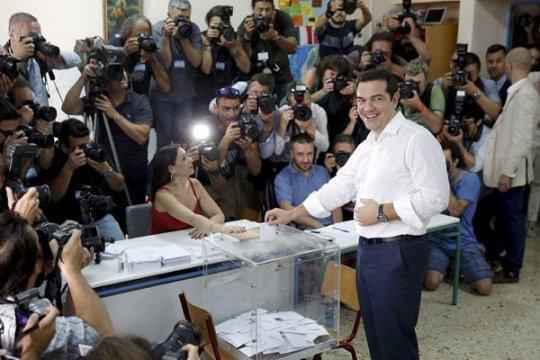 Menteri Spanyol desak Yunani patuhi aturan