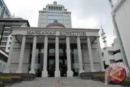 MK gelar sidang perdana pengujian UU Minerba