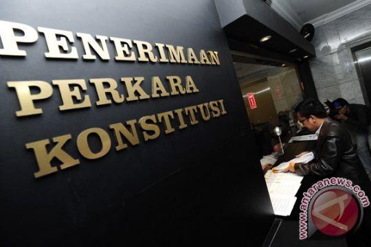 MK kabulkan sebagian permohonan KPU soal UU Pilkada
