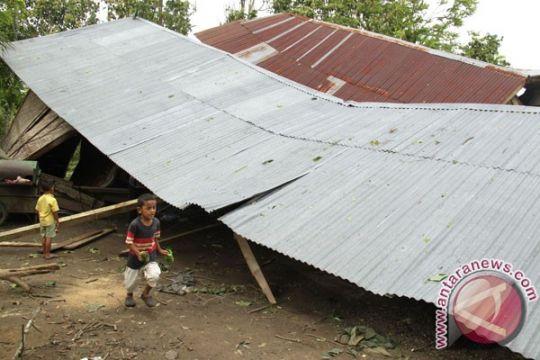 """Puting beliung dan hujan """"hantam"""" dua gampong di Pidie Jaya Aceh"""
