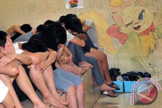 Imigrasi Mataram deportasi 35 warga Tiongkok