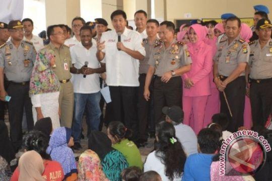 RMP bantu sembako kepada warga Kampung Pulo