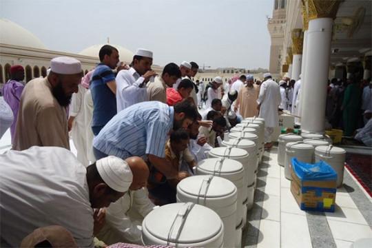 Laporan dari Mekkah - Siasat mengantisipasi dampak sengatan panas