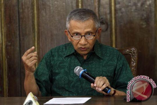 Hakim: uang untuk Amien tidak terkait alkes