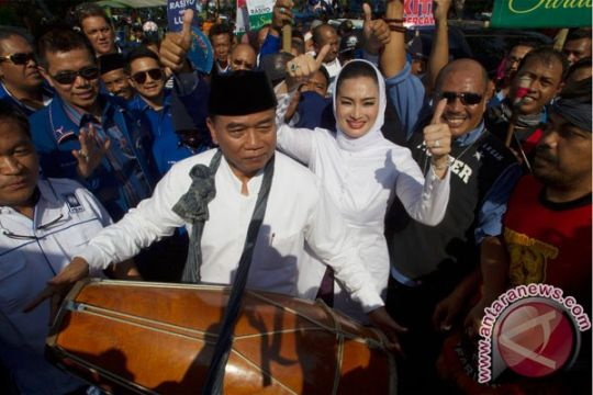 Agar Risma punya lawan, PDIP doakan Rasiyo-Lucy lolos