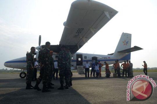 Basarnas evakuasi korban Pesawat Aviastar Selasa pagi