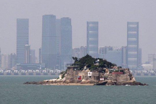 Taiwan tahan lima warga Hong Kong yang dijemput dari laut