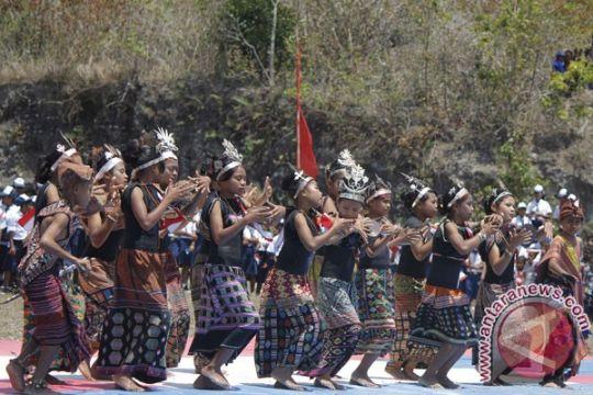 Polisi dan TNI gelar bakti sosial di Kabupaten Belu NTT