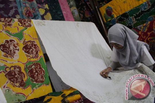 Pengrajin batik harus peka pasar