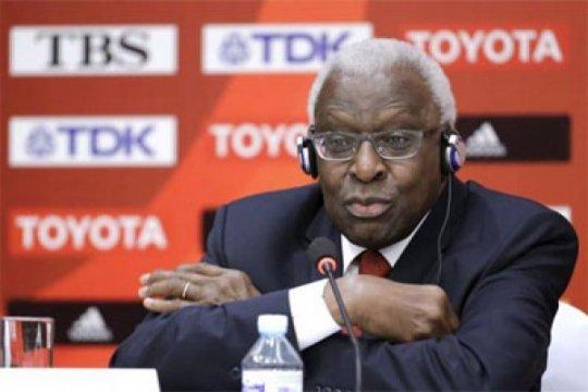 Pengadilan korupsi mantan kepala atletik Diack dimulai di Paris