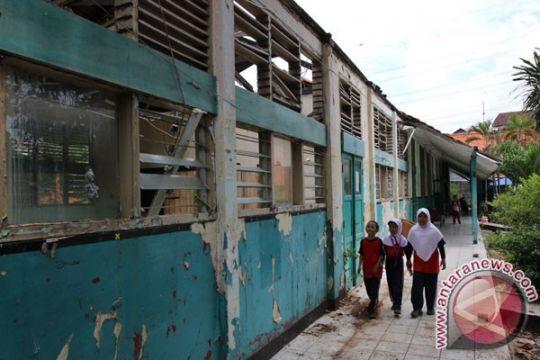 Pemkot Palembang perbaiki 30 gedung SD