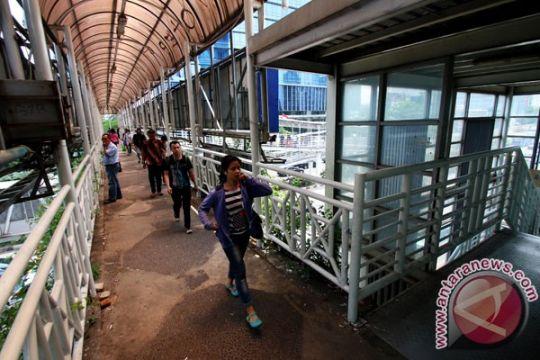 DKI revitalisasi 12 JPO sepanjang Sudirman-Thamrin