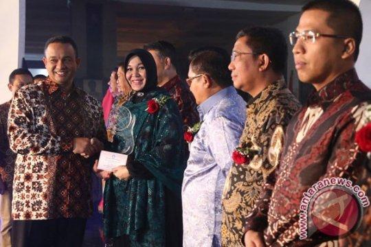 Kemdikbud berikan penghargaan Kihajar kepada 5 gubernur