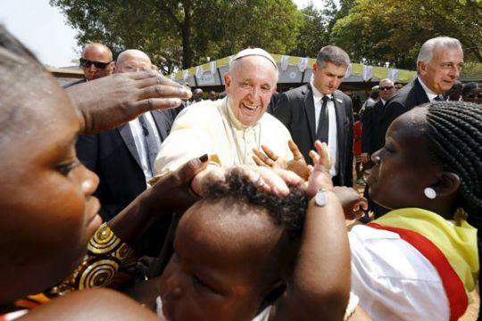 Paus Fransiskus bertemu pengungsi Rohingya