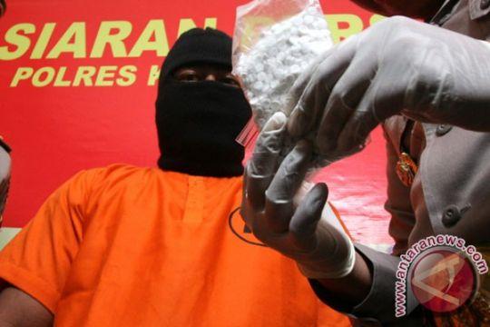 Kapolres Pamekasan bantah terima suap narkoba