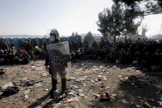 """Polisi Yunani bebaskan tersangka """"pembajak"""" khawatir salah identitas"""