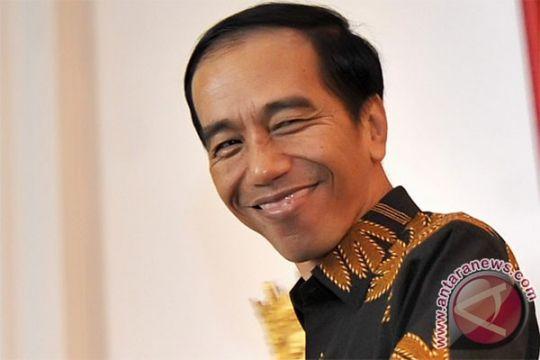 """Presiden """"blusukan"""" ke mall-mall di Ambon"""