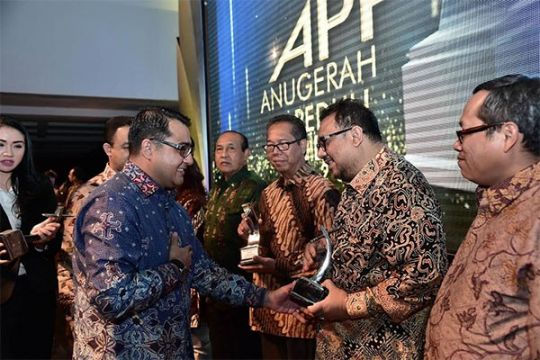 Portal berita antaranews.com raih penghargaan Anugerah Peduli Pendidikan 2015