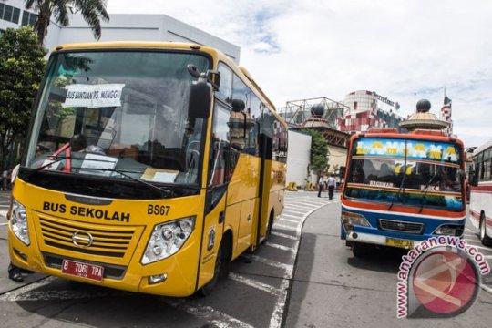 Lima pondok pesantren dapat bantuan bus sekolah dari Kemenhub