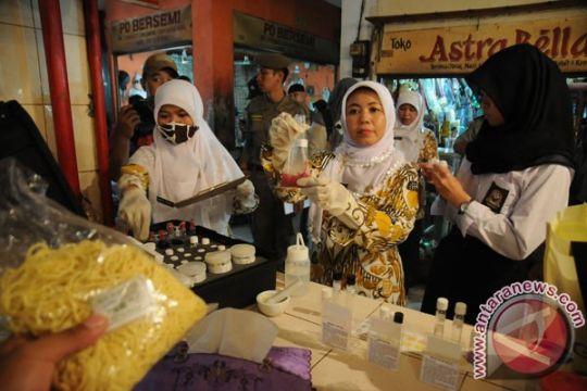 Polisi telusuri peredaran mi berformalin di Bandung