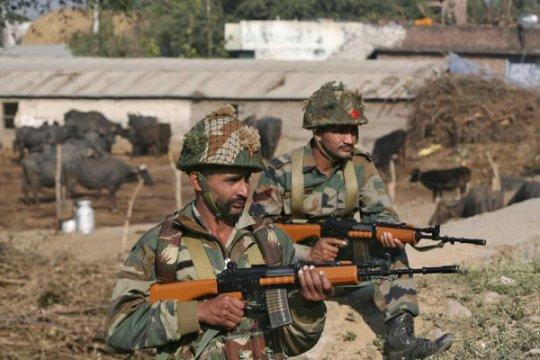 Ranjau darat tewaskan 15 polisi di India Barat