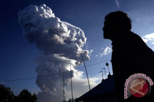 Minahasa Tenggara masih siagakan posko erupsi Soputan