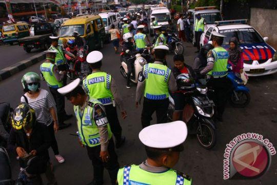 Polres Ngawi razia kendaraan di perbatasan Jatim-Jateng
