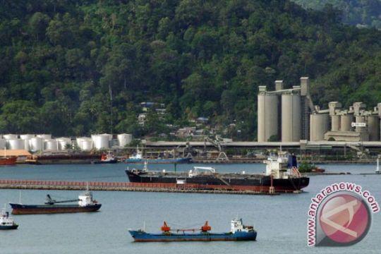 Pelabuhan Teluk Tapang kurangi kepadatan Teluk Bayur