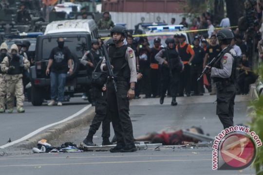 Aksi tabur bunga peringati setahun bom Thamrin