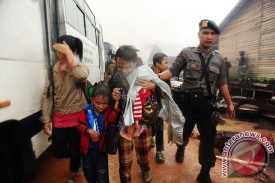 Ratusan warga Samboja datangi permukiman kelompok Gafatar
