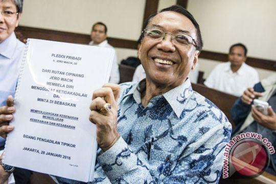 Jero Wacik minta dibebaskan dari hukuman