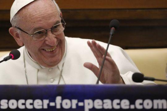 Paus Fransiskus bertolak ke Mesir